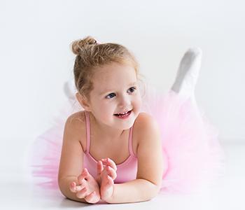対象:4歳〜バレエのレッスンに入るための準備クラス